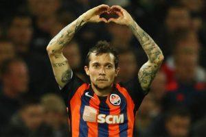 1533587206 Bernard allEverton Milan e Inter beffate