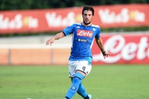 1565887942 Napoli il club ha deciso via solo uno fra Verdi e Ounas