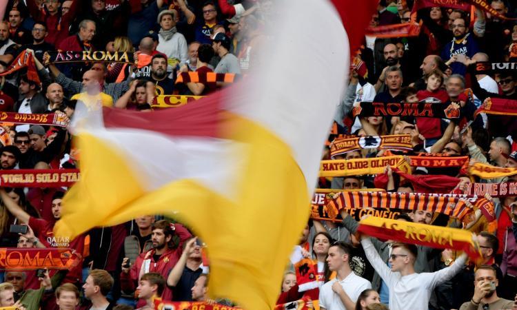 Vergogna a Roma: cori discriminatori contro Napoli, Rocchi sospende la partita