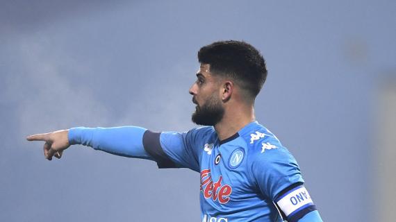 """Napoli, i tifosi dalla parte di Insigne. Lo striscione della Curva B: """"Chi osa può sbagliare"""""""