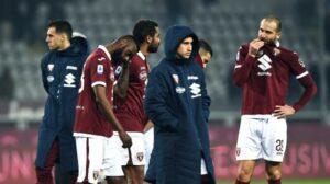 Focolaio in casa Torino, due gare a rischio rinvio e le differenze col precedente Juventus-Napoli