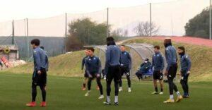 Granada-Napoli, le immagini dell'allenamento degli azzurri | VIDEO