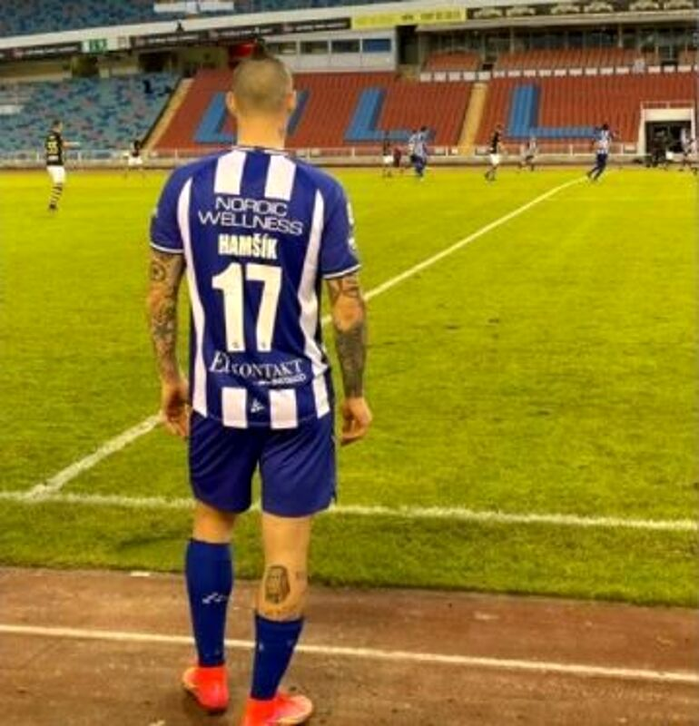 Hamsik, la curiosità: fa il suo esordio al Goteborg subentrando al figlio di un ex Napoli