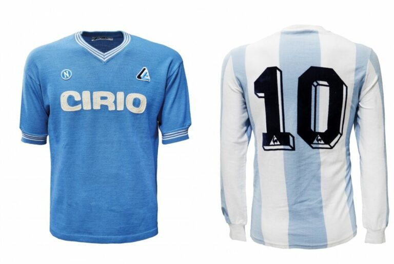 Le maglie di Maradona all'asta: la Cirio del primo anno in azzurro e l'albiceleste '86