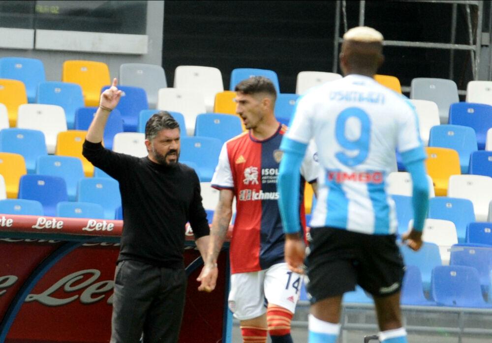 """Napoli """"beffato"""" nei minuti di recupero dal Cagliari: passo falso nella lotta Champions"""