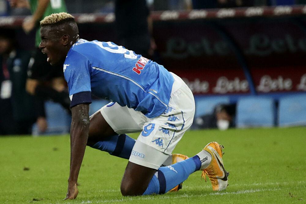 Napoli, due giornate di squalifica e multa per Osimhen: l'attaccante azzurro salta la Juve