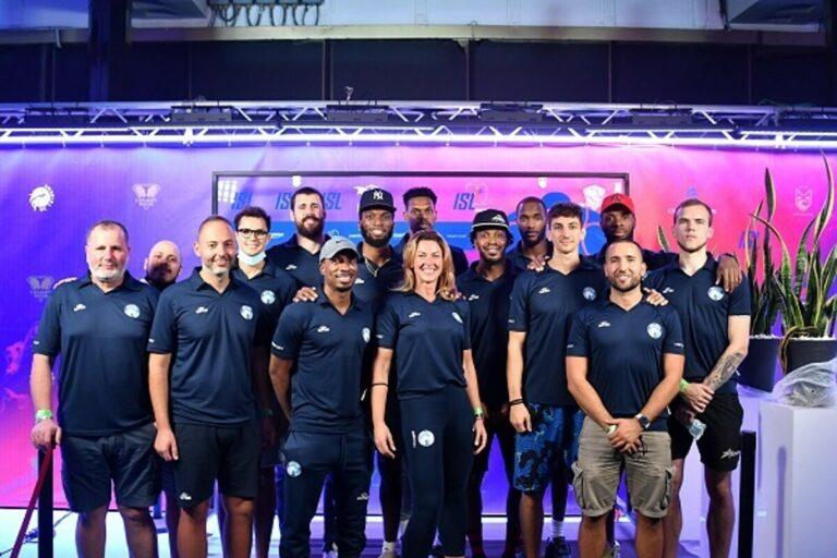 ISL, la Gevi Napoli Basket al completo in visita alla Piscina Scandone